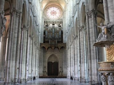 cathedrale interieur, Somme.jpg