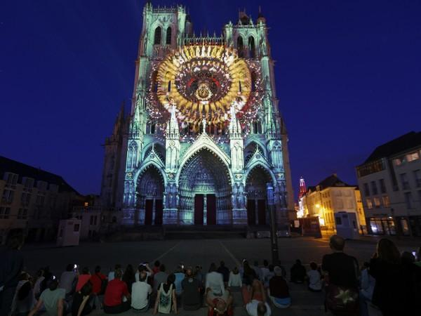 chroma spectacle cathédrale Amiens, Somme