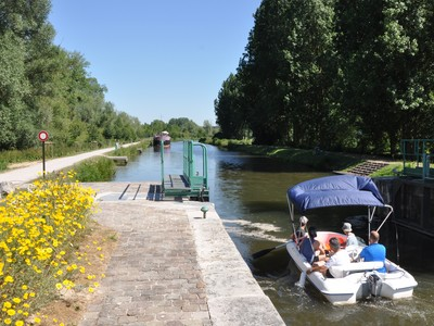 Ailly-sur-Somme-planet nautic